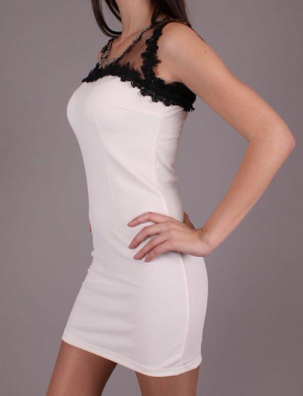 Парти рокля в Бяло