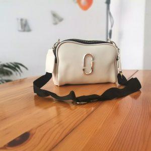 Топ модел малка дамска чанта с дълга дръжка Victoria