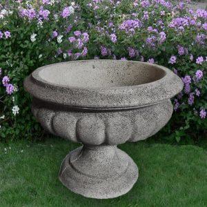 """Кашпа от бетон за градината и дома. Саксия от бетон - тип ваза. Цвят """"камък"""""""